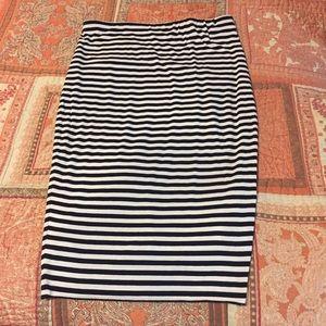 Vince Camino Sz XS High Waist Pull on Pencil Skirt
